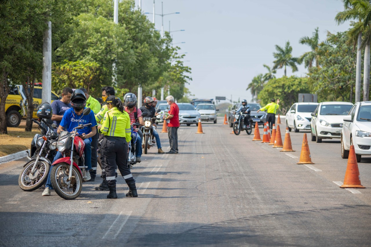 Semana Nacional do Trânsito tem blitz educativa voltada para motociclistas