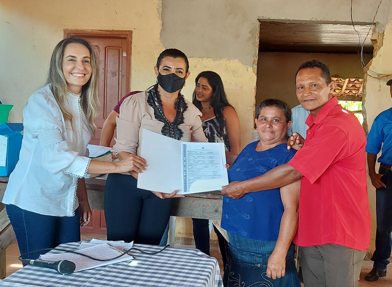 Sebrae e Incra entregam títulos definitivos no Assentamento Remansinho