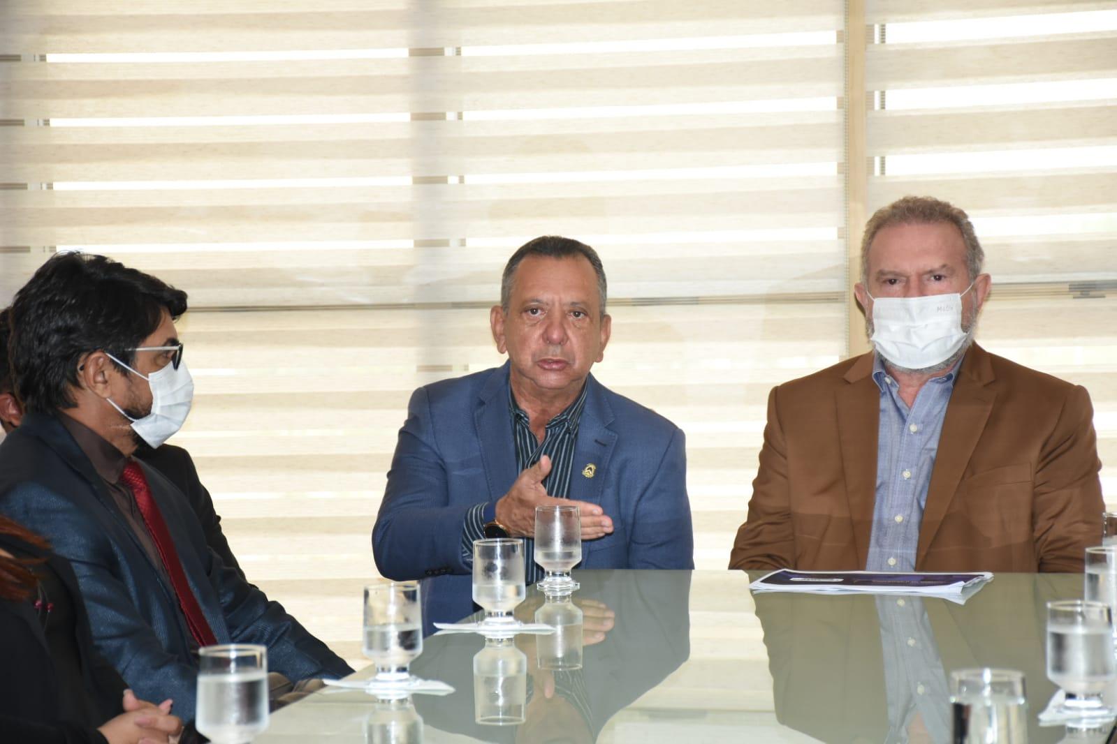 Antonio Andrade promove encontro de vereadores de Porto com Governador que garante recursos e reforma da TO-050