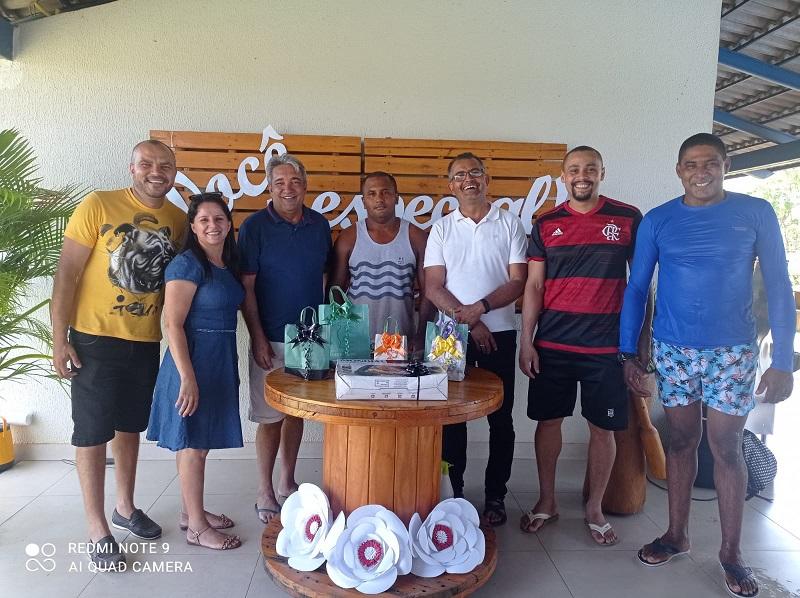 Servidores da Educação de Nova Rosalândia participam de confraternização em Palmas