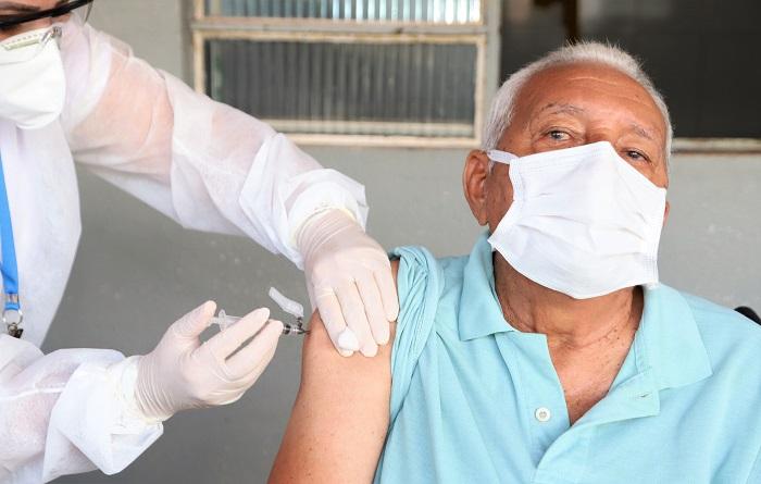Araguaína amplia faixa etária e locais para aplicação da dose de reforço contra a covid-19