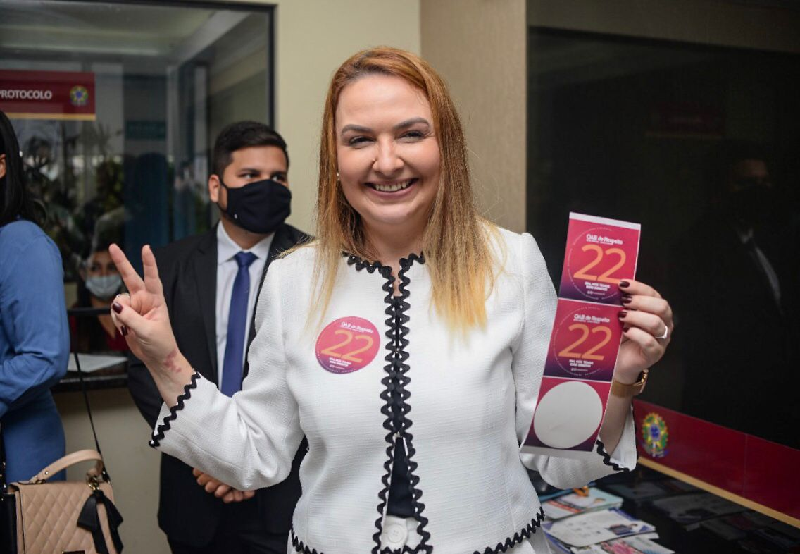 Apartidarismo na OAB: é assim que se consegue respeito, diz Rita Rocha