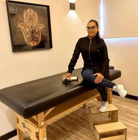 Famosos apontam Rafaela Lima como a melhor terapeuta corporal