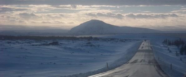 Lac Myvatn, champs de lave enneigés. Islande, septembre 2012