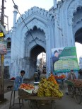 Un marchand de fruits de Lucknow : un fruit-walla, en somme (phal-wall en hindi)