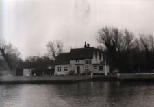 Surlingham Ferry 01