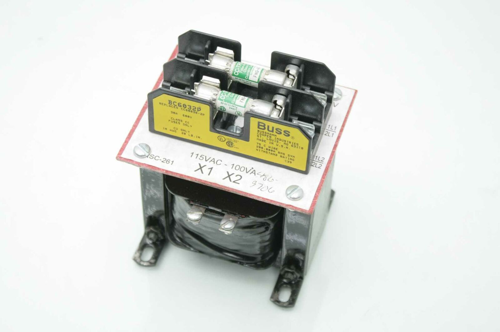 hight resolution of buss bc6032p fuse block w fuses used