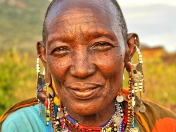 surprisinglives.net/maasai-people-today/