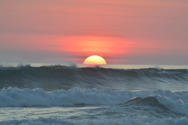surprisinglives.net/costa-rica-sunset/