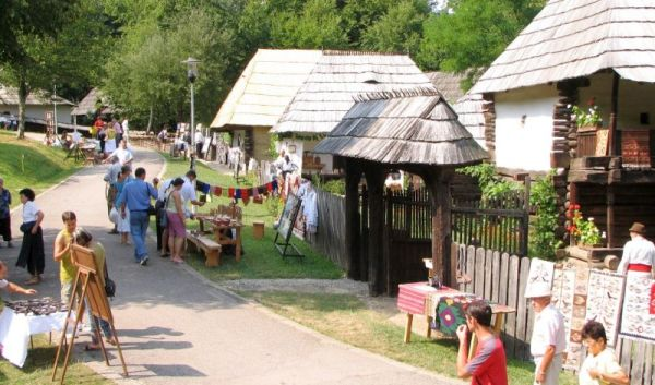 12-15 august 2016 - Târgul Creatorilor Populari din România are loc la Sibiu