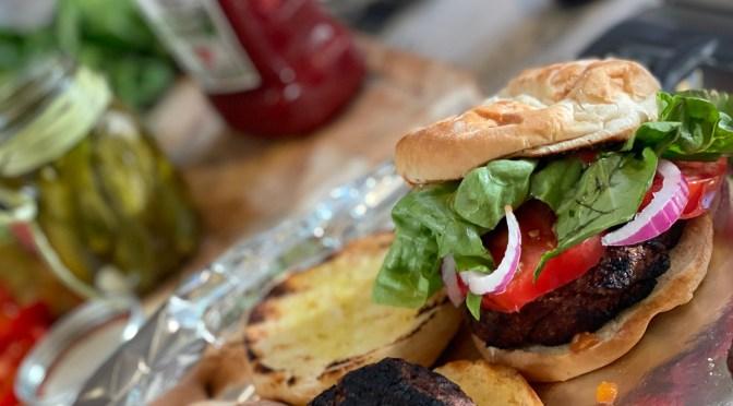 A Burger Lookalike in a Veggie Burger