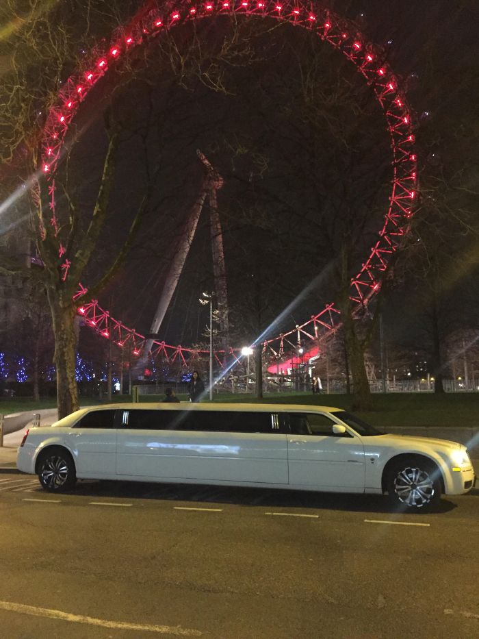 Chrysler Limo Hire London.jpg