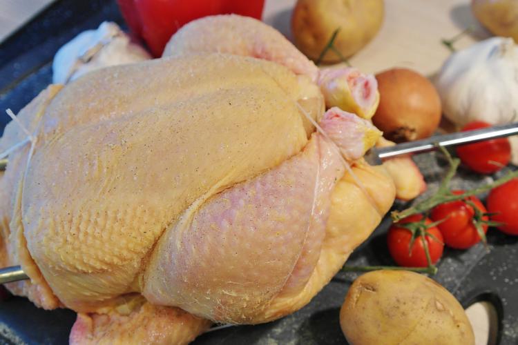 pollo crudo, consumo de pollo, comprar pollo,