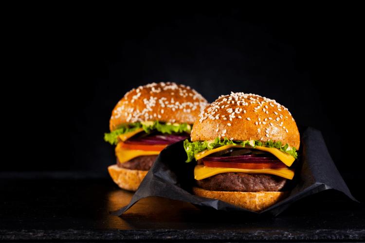 comidas rápidas, hamburguesas, perros calientes, salchipapas, comida en la calle, comprar comida, comida deliciosa,