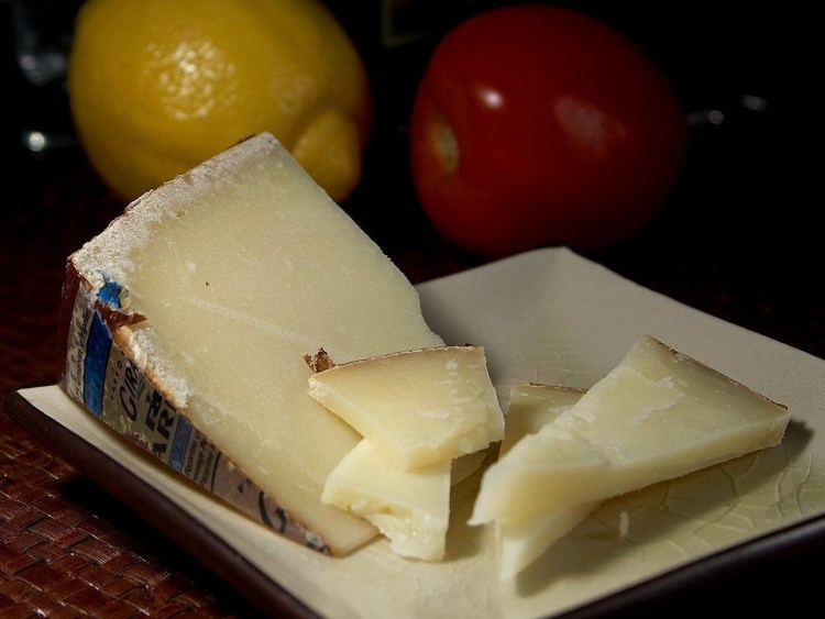 Käse machen, käse selbst machen, quark, Frischkäse, frischkäse machen, frischkäse selbst machen, käse selbst machen, hüttenkäse machen, hüttenkäse selbst machen, hirtenkäse machen, hirtenkäse selbst machen, kaese selber machen