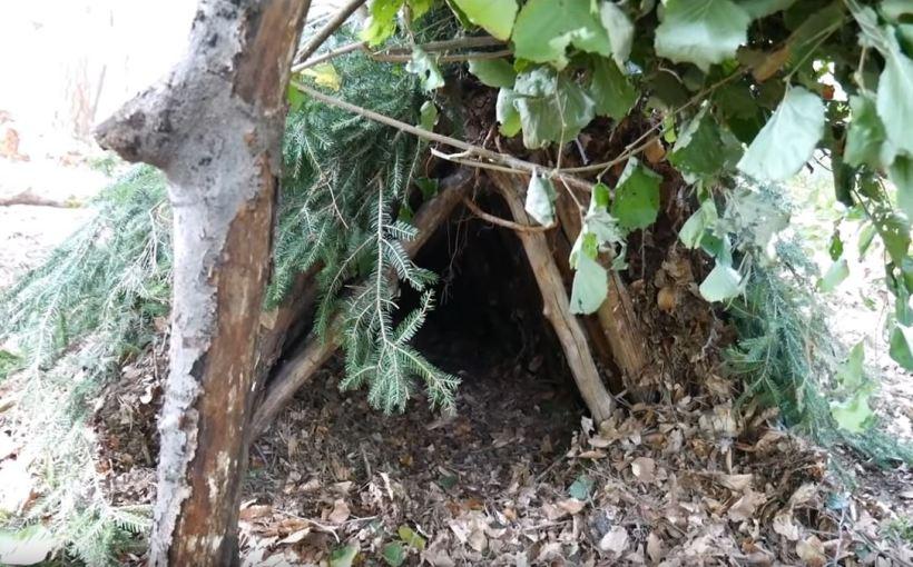 Survival Shelter Notunterkunft