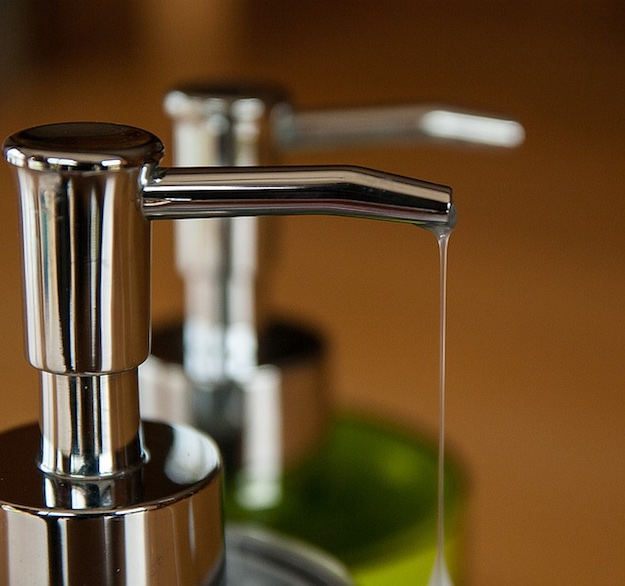 Common Household Items For Your First Aid Kit? | Liquid Dish Soap