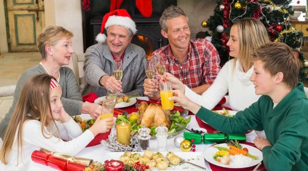 Mind your manners | Yuletide Survival | Survive Christmas Dinner With Your In-Laws