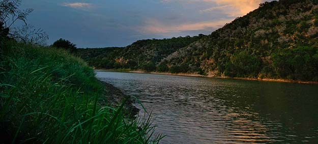 camping at colorado bend state park