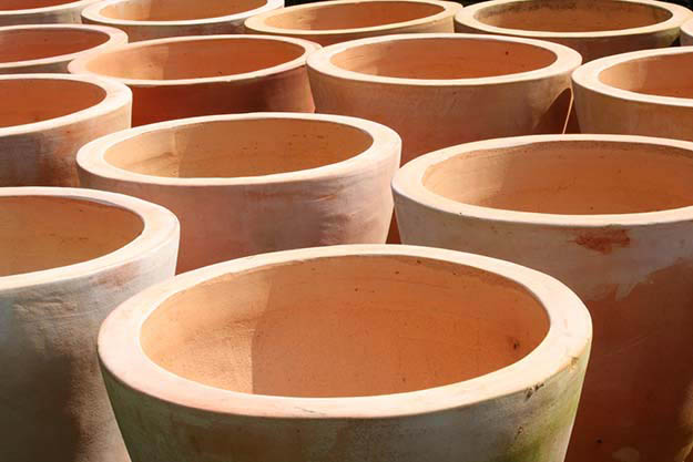 Warm Up a Room with Terra Cotta Pots and a Candle | Winter Survival Methods To Keep You Warm