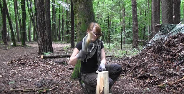 How to Split Wood of any Size with Ease   29 YouTube Survival Skills Videos That You Can Learn At Home