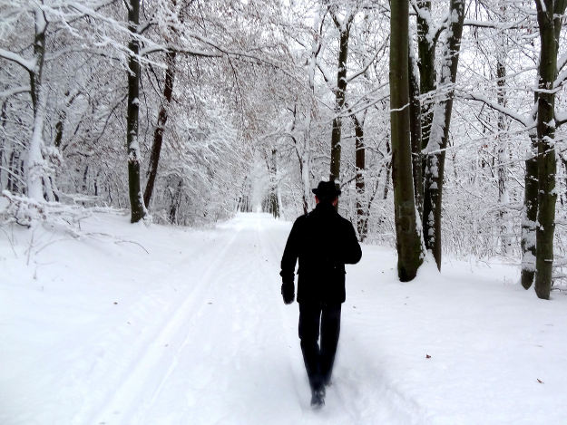 Go Back While You Still Can | Survival Tips : How to Prevent Hypothermia For Safe Trip