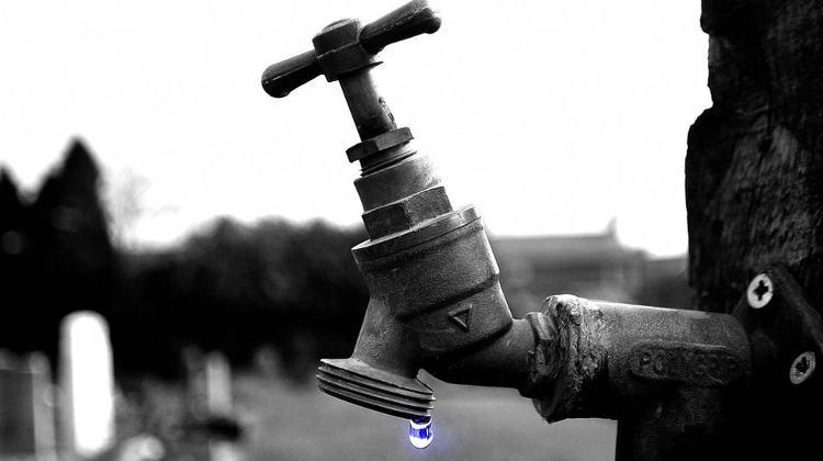 emergency-water-storage-featured-image