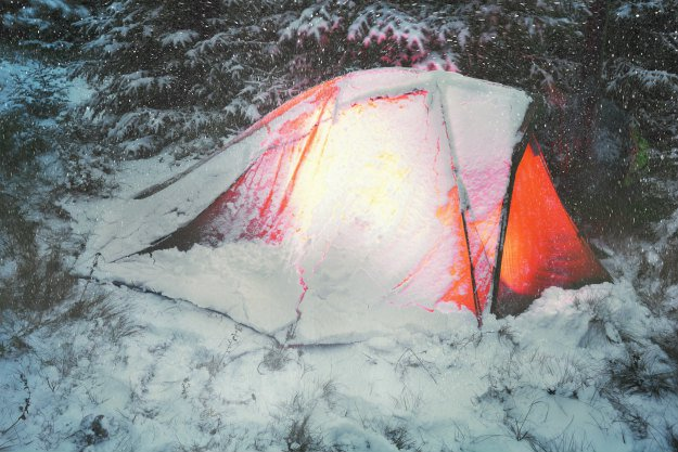 tent-in-snow Winter Storm Warning! Surviving a Winter Storm Trapped Outside