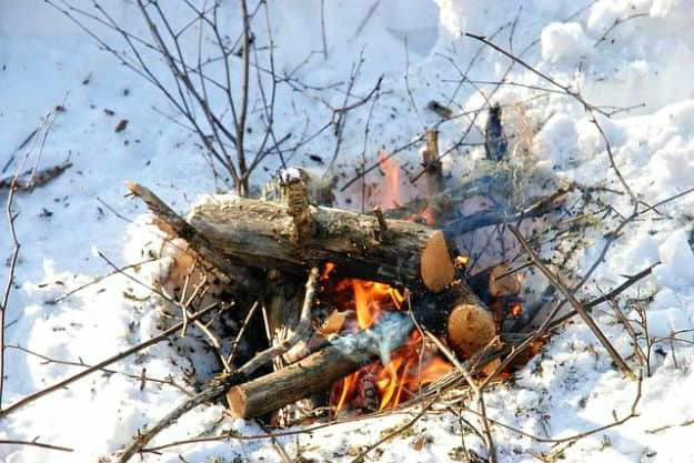 Start a Small Forest Fire | Beyond The Freezing Point | Cold Weather Survival Tips | how to survive in cold weather in the wilderness