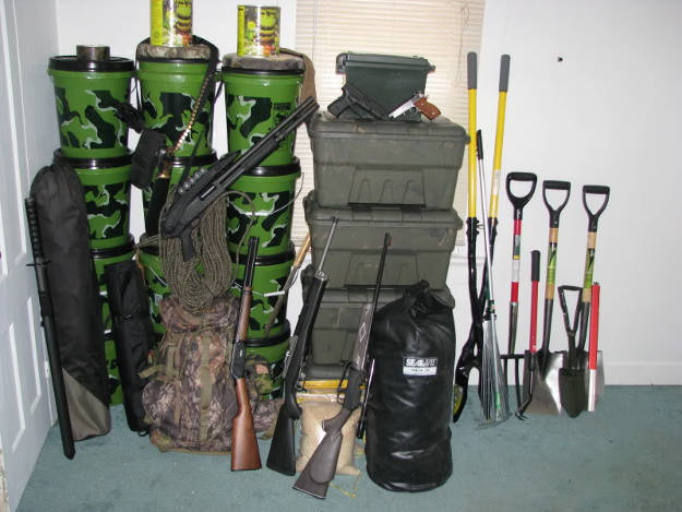 Create your bug in plan | It Hits The Fan - Basic SHTF Preparedness Guide For Everyone