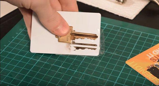 Stick It | 4 Ways To Duplicate Keys By Hand