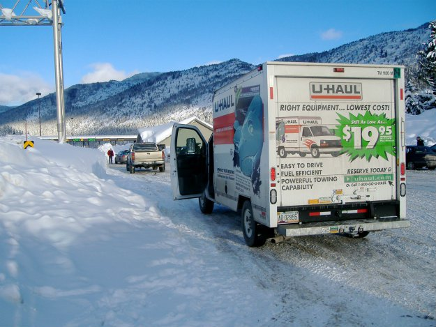 Preppers Moving: Top 5 Reasons Preppers Should Move In The Winter UHaul