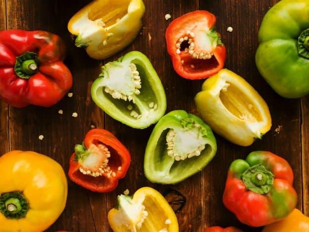 Easy To Grow Vegetables For Beginner Gardeners | Useful Survival Skills bell peppers