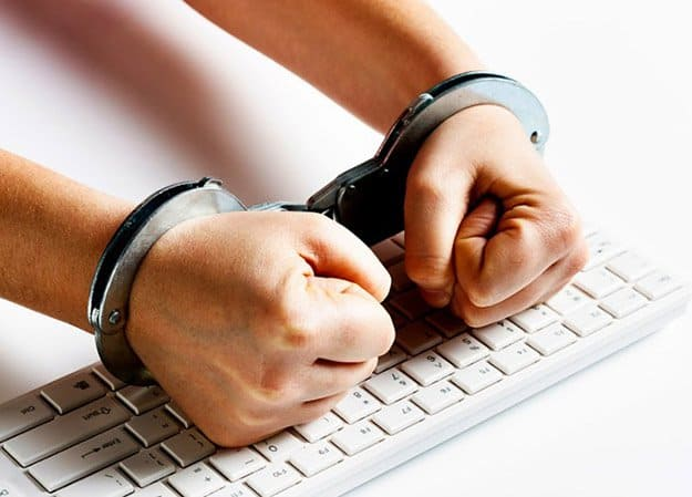 Reporting To Law Enforcement | Cyber Attacks | Survival Life's 'How To' Tips