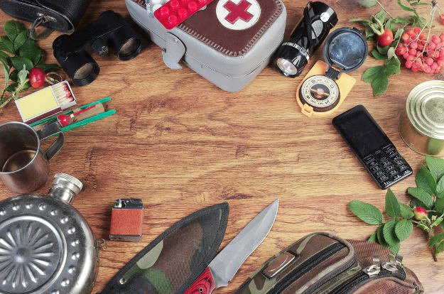 Build Your Own Survival Kit   Biological Weapons Survival Tips: Holding On To Life