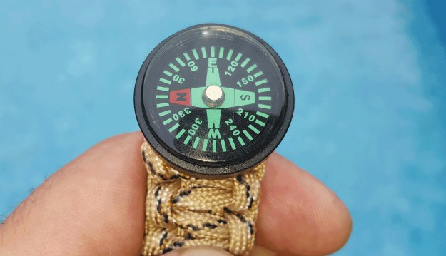 Orienteering | Top 10 Reasons To Never Leave Home Without A Paracord Bracelet