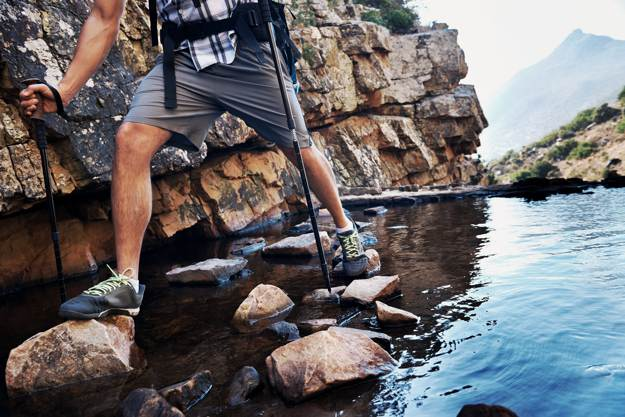 Use Walking Sticks For Balance | Survival Skills: Cross Rivers And Rapids Safely
