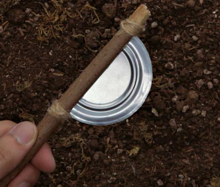 DIY tin can blade | Surprising Survival Uses For A Tin Can