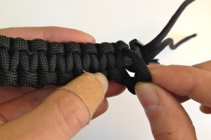 Step 6b paracord bracelet