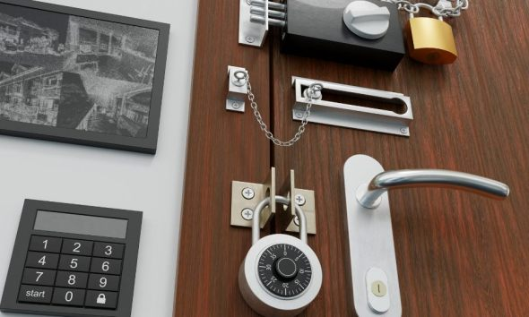 safety security concept door many locks | Steps To Make Your Home Impenetrable | featured