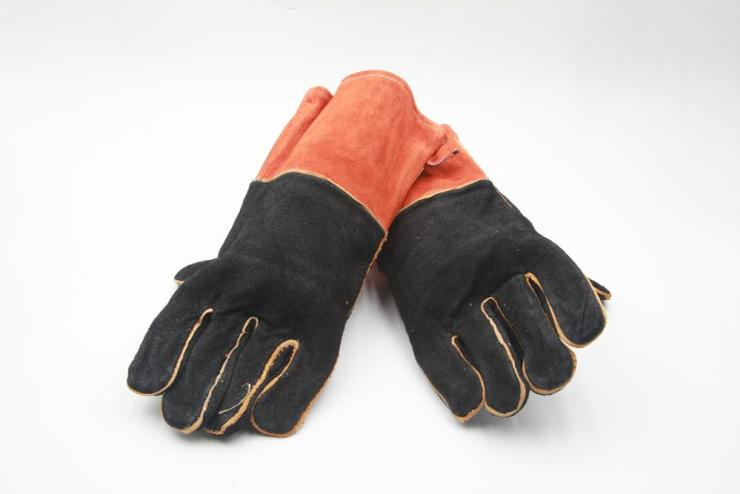 Grill Gloves | Grill Tools Every Grill Master Needs To Have