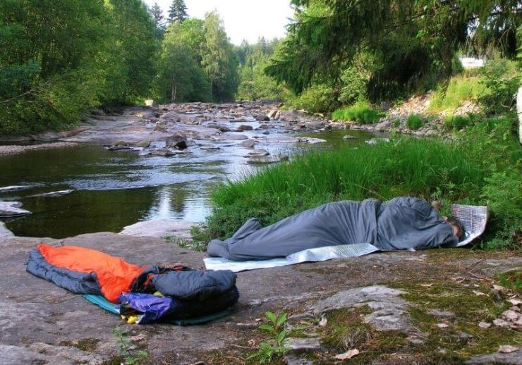 Check out Ultimate Bivy Sack Sleeping Guide [Infographics] at https://survivallife.com/bivy-sack/