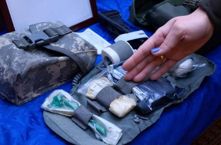 soldier's first aid kit bandages, wound-healing drugs, tourniquet, painkillers-IFAK