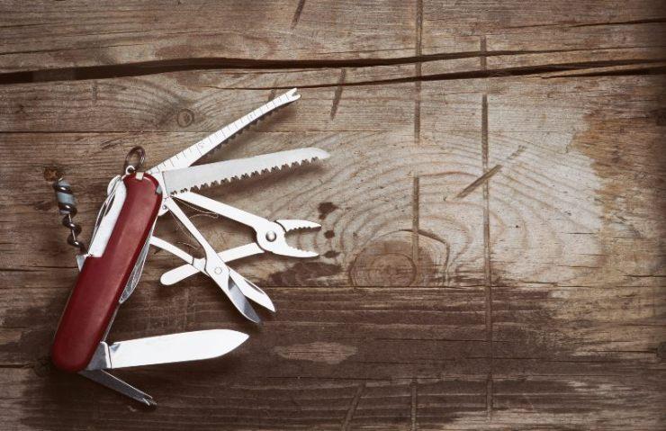 Swiss Knife | Car Emergency Kit