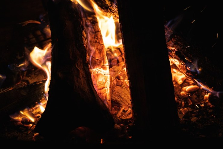 Cozy fireplace in a cabin-Types of Campfires