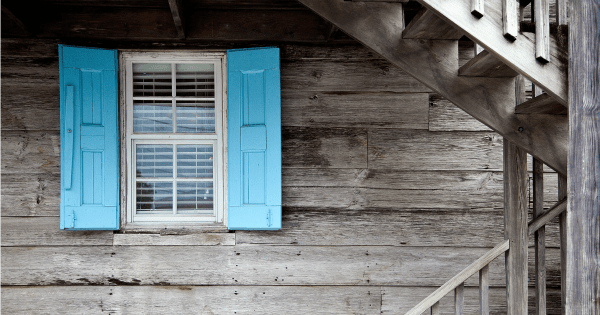 5 Reasons to Love Small House Living