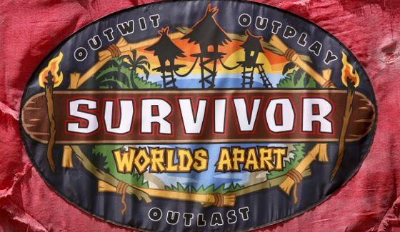 Survivor 2015 Worlds Apart flag