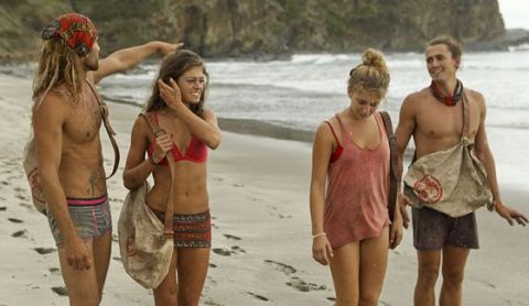 Survivor 2015 No Collar tribe on Episode 2