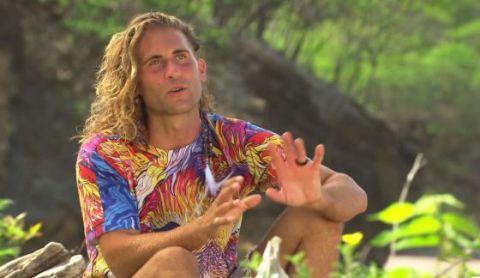 Vince Sly voted off Survivor 2015