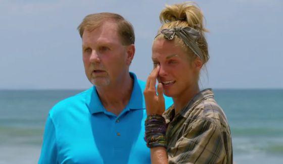 Survivor 2015 finale: loved ones visit castaways
